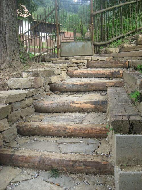 schody pohlad zdola, , galeria  Záhrada Artmama.sk