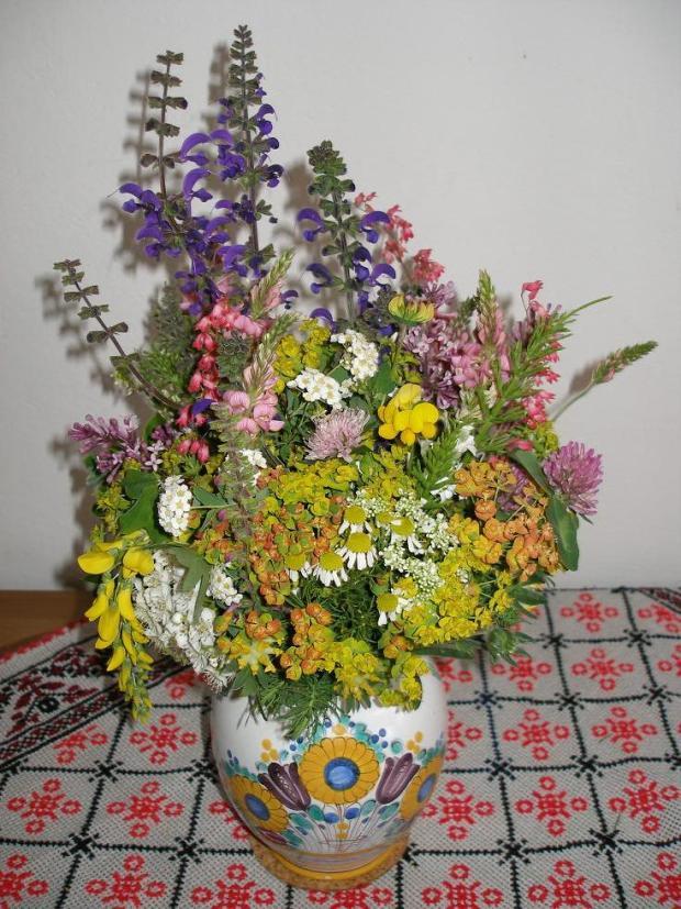 Kytica z lúčnych kvetov